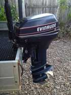 EVINRUDE 15HP.