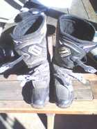 Motor Bike Boots Great condition, size 8, $60 carters ridge. P: 07 5447 9774
