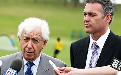  Frank Lowy (left) is a regular on Australia&#39;s rich list.