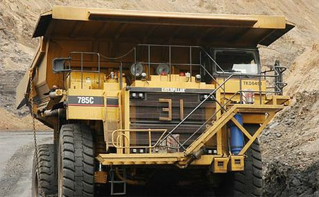 The State Government's Mines Inspectorate is investigating reports of mine workers using social media while driving heavy machinery.