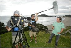 PICTURE: JIMMY JOETauranga-raised Erik Thomson filming for travel show Getaway on Mauao.