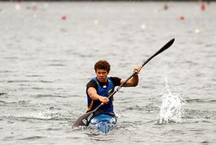 Andrew Roy turns on the power in this season's second sprint regatta at Blue Lake, Rotorua.