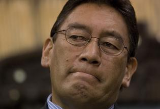 "Mana Party leader Hone Harawira reckons dumped Cabinet Minister Phil Heatley is a ""smarmy p****"" who jokes about the poor."