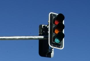 A traffic light glitch mid-way along Hewletts Road caused traffic gridlock in Mount Maunganui this morning.