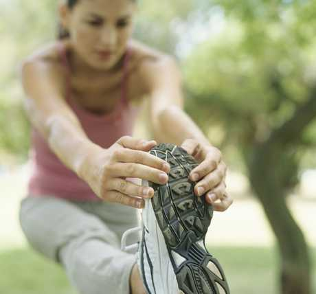 Making a mistake during your marathon training can be disastrous. Make sure you stay on target andachieve the time you deserve with these 10 marathon training tips 