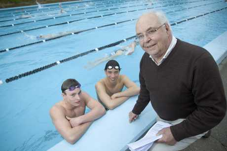 Max Walker - president of Mt Wellington swimming club has made a submission for heating system of Lagoon outdoor 50m pool for swimmers to train. Alex Hancock (l) and Carsten Corazza(r) in the 33m unheated pool at Pakuranga College.