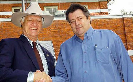 Maryborough's Australian Party candidate Gordon Dale (right) with party founder Federal MP Bob Katter.