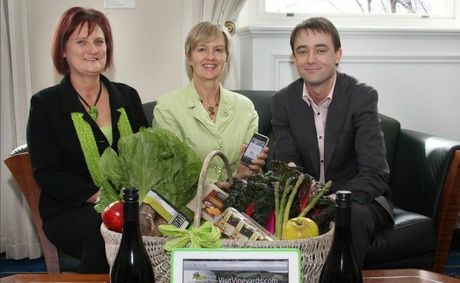 VisitVineyards.com's Kerry Scambler, Robyn Lewis and Tasmanian Minister for Tourism Scott Bacon.