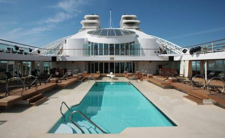 Seabourn Quest pool deck.