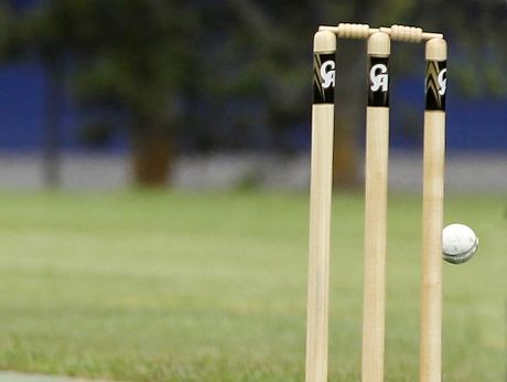 Northland grabbed a victory over Manukau Districts with 10 balls remaining in a tight game.