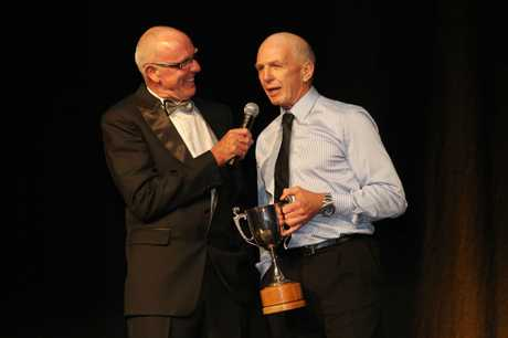 MC Brian Kelly talks to Supreme Award winner Gordon Tietjens at the Bay of Plenty Polytechnic 2011 Bay of Plenty Sports Awards last night.