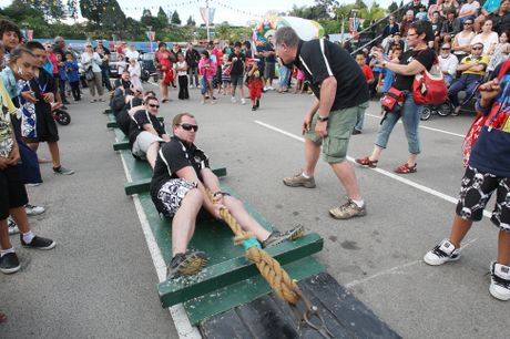 Dean Wise leading the Tauranga Police tug-of-war team against Kingfisher Plumbing during White Ribbon Day celebrations last year.