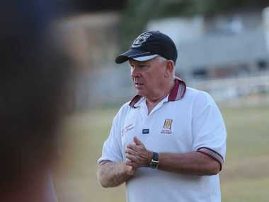 CQ Capra's coach John Harbin addresses players at Gladstone during a coaching session he held in the city in 2011.