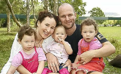 Matt Golinski with his wife Rachel, twins Willow and Sage and Starlia.
