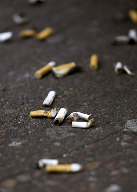New Zealanders find it hard to kick the smoking habit. 