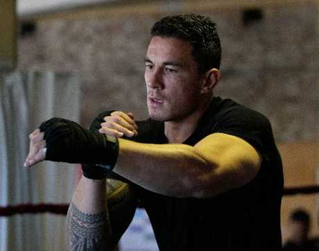 "A Rotorua boxing coach has weighed in on the controversial Sonny Bill Williams fight against Francois Botha, saying cutting a bout match short without good reason is ""rigging"" the sport."