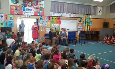 New Zealand's Governor General Sir Jerry Mateparae at Paengaroa School