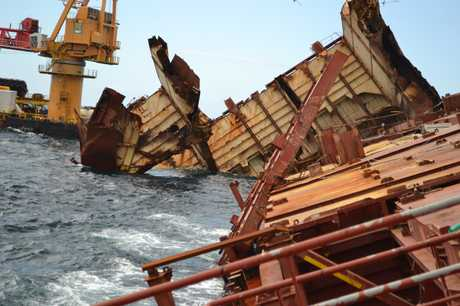The wreck of the Rena