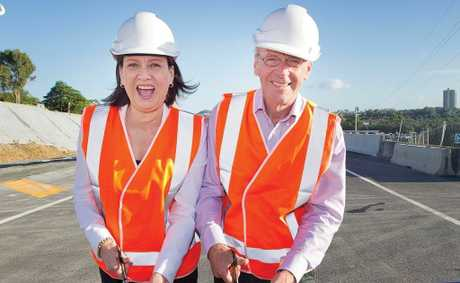 Richmond MP Justine Elliot and mayor Barry Longland opening the south-bound lanes of the Pacific Hwy Banora Point Upgrade this morning.