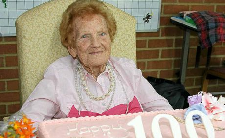 Pearl Grantham celebrated her 100th birthday with family and friends at Livingstone House on Saturday.