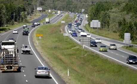 The Bruce Highway had cars heading up the cost to enjoy the perfect Easter weekend weather. Photo Vicki Wood / Caboolture News