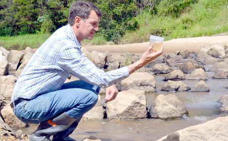 Lord Mayor Graham Quirk announced his plan to clean up Oxley Creek.