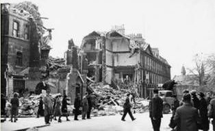 Francis Hotel Bath was hit by a 500kg bomb in 1942.