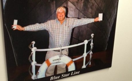 Mock-up photo of Clive Palmer in front of his proposed Titanic II.