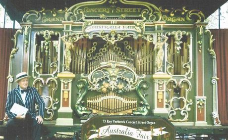 Melbourne's Rick Alabaster and his draaiorgel will be at the Dutch Australian Festival 2015.