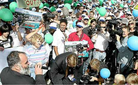 Mayor Bob Abbot speaks at the anti amalgamation march to parliament house in 2007.