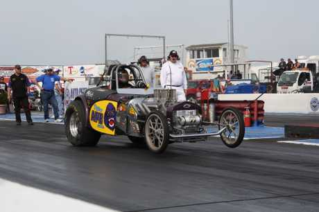 Craig Mullan racing his Nitro Ape fuel-altered at the 2010 March Meet at Famoso Raceway in Bakersfield, California.