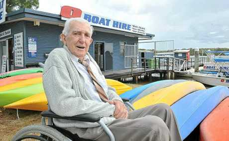 The original owner of O Boat Hire on Noosa River Len Ely returns to his old business for a nostalgic visit.