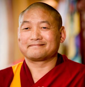 On Thursday evenings, Geshe Jamyang teaches intermediate-level Tibetan Buddhist topics.