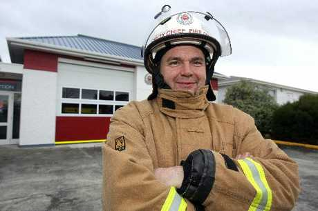 CAMARADERIE: John Hunter will have more time to restore a vintage fire engine after stepping down from fire service. PHOTO/LYNDA FERINGA