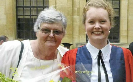 OXFORD GRADUATE: Alexandra Murray (right) with her mum, Gina.