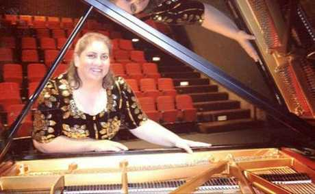 Former USQ pianist Dr Marilyn Meier-Kapavale has died. She was 48.