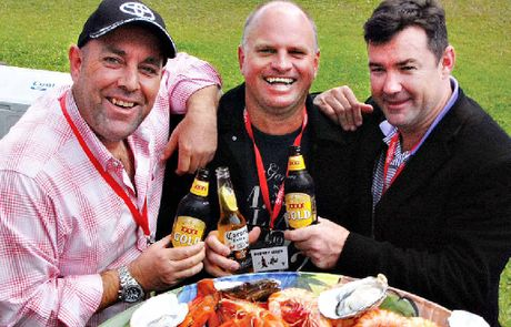 A couple of cricketing larrikins, Darren (Boof) Lehmann and Jimmy Maher, came to town for lunch, to have lunch with Rod Allen, centre, and nine of his mates.