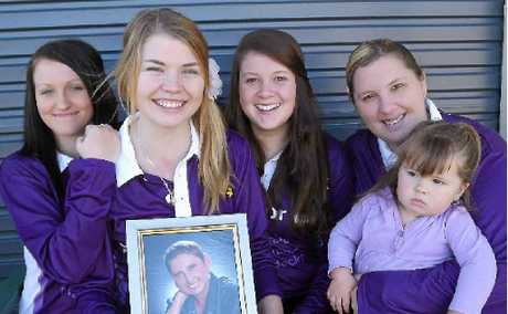 Emily Mannion, 16, and her team Shirlene Sunflowers are doing the relay in her mum's memory.