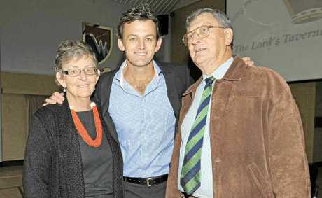 L-R June Gilchrist, Adam Gilchrist and Stan Gilchrist.