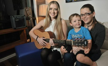 Kelsie Rimmer (L) has joined forces with young mums from the STEMM program, including Clarissa Johnson, to write and perform a song.