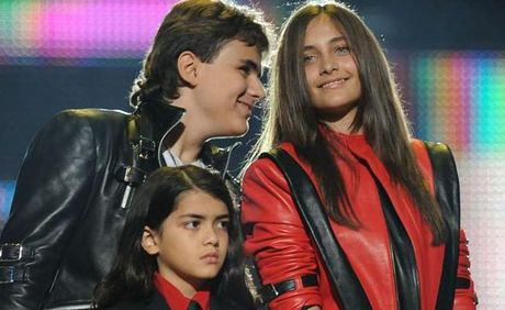 Prince Michael Jackson with siblings Paris and 'Blanket'.