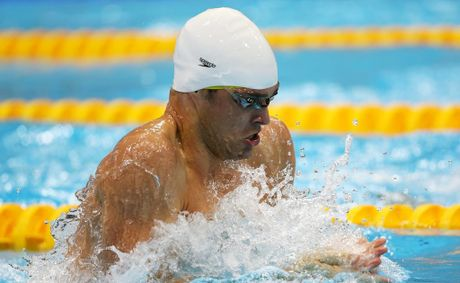 Christian Sprenger has won silver in the men&#39;s 100 metre breaststroke.
