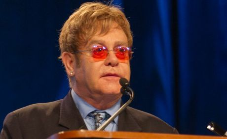Elton John wants to hug Jay-Z