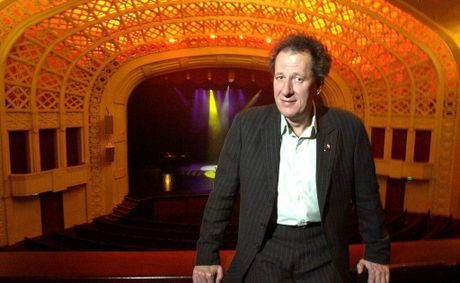 Famed actor Geoffrey Rush is returning to Toowoomba.