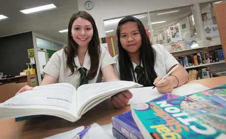 Corinda SHS students Khari Garavelis and Mikkey Kguyen have placed in the Queensland Rule of Law Essay Competition.