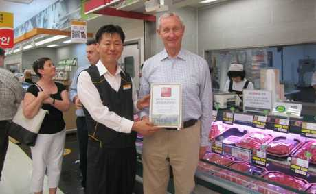 Member for Maranoa Hon. Bruce Scott checks out Southern Downs meat in South Korea.