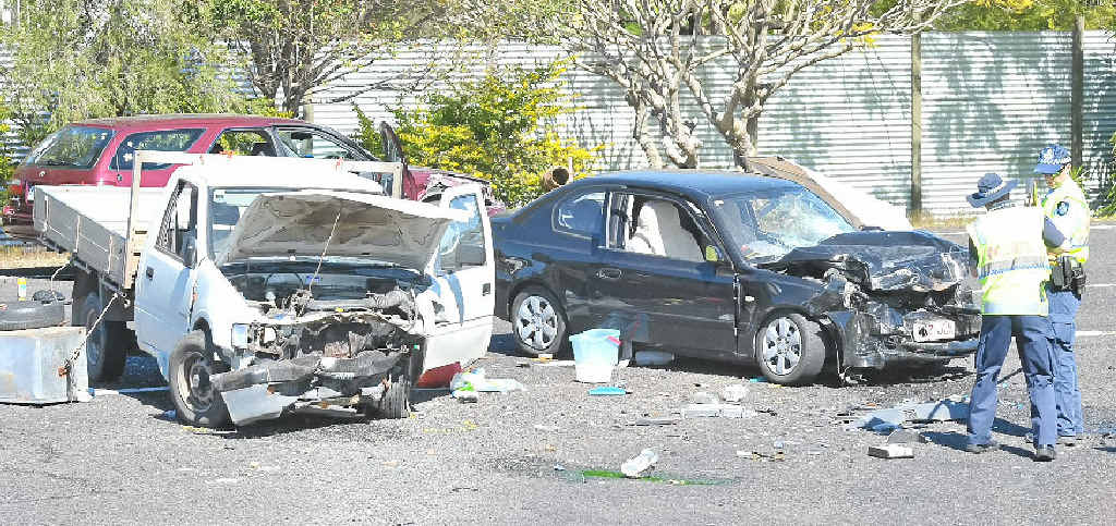 car crash fatal car crash gympie