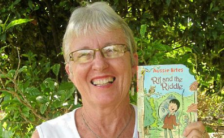 Iluka author Sue Cason with her book Rif and the Riddle.