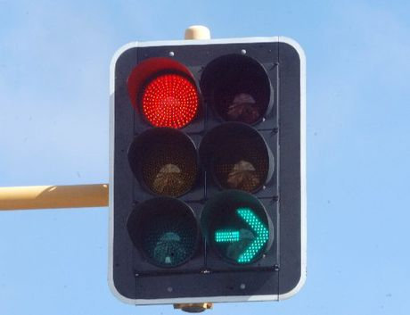Traffic lights are out at Tauranga's Elizabeth St and Cameron Rd.