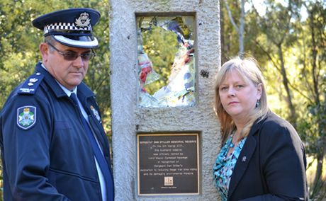 District Officer for Oxley Police Detective Superintendent Mick Niland with Parkinson Councillor Angela Owen Taylor at the memorial for Sergeant Dan Stiller.